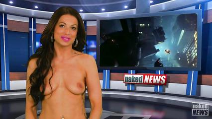 Очередной выпуск новостей с голыми ведущими