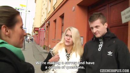 Свингеры обмен женами за деньги